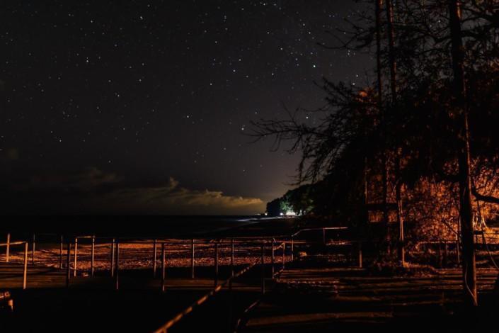 Вечное сияние холодных звёзд.