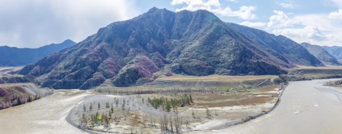 Когда горы становятся фиолетовыми.